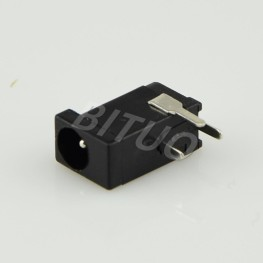 DC-002 Headphone Connector